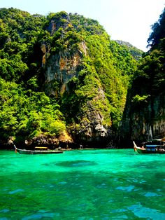 """""""Into the Deep! #Scuba #Diving in Thailand's Pristine Marine Parks"""""""