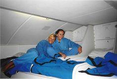 Hier slapen de stewardessen en stewards tijdens lange internationale vluchten in de 747.
