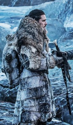 Jon Snow, Game of Thrones Got Jon Snow, John Snow, Game Of Thrones Costumes, Got Game Of Thrones, Kit Harington, George Rr Martin, Winter Is Here, Winter Is Coming, Jon Schnee