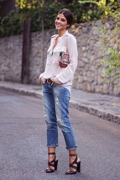 trendy_taste-look-outfit-street_style-AW13-sandalias_marrones-brown_sandals-collage_vintage-krack-bolso_étnico-ethnic_clutch-nude_shirt-camisa_nude-boyfriend_jeans-vaqueros_boyfriend-moda-fashion-polaroid-10 by Trendy Taste, via Flickr