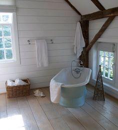 Simple, clean bathroom