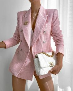 Tweed Blazer Outfit, Tweed Shorts, Blazer Outfits, Pink Tweed Jacket, Cute Casual Outfits, Stylish Outfits, Fall Outfits, Fashion Outfits, Look Gatsby
