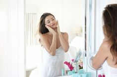 Miranda Kerr has a secret for you on how to obtain flawless waves after a night of sleeping. Check it out here. #Beauticate #MirandaKerr #model #KoraOrganics #beauty #beautytips #hairtips #curlyhair #hairstyles #overnight #overnightbeauty