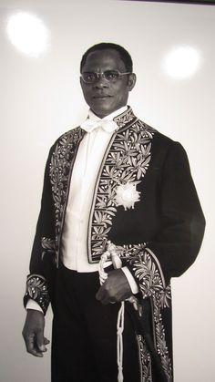African spirits, Picture 1 by Samuel Fosso Angela Davis, Film Studies, Gelatin Silver Print, Photography Marketing, African Diaspora, Contemporary Photography, Black Power, Film Stills, Studio Portraits