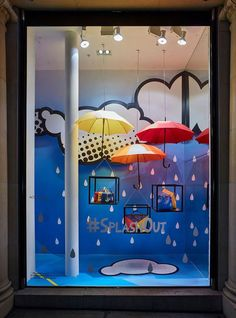 April Showers - Retail Focus-Interior Design and Visual Merchandising Spring Window Display, Window Display Retail, Window Display Design, Retail Windows, Store Windows, Design Shop, Bar Design, Store Design, Vitrine Design