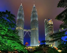Discover the contrast of tradition and progress in the best cheap hotels in Kuala Lumpur, Malaysia