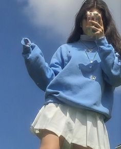 Image about fashion in looks by helmetboy on We Heart It Indie Fashion, Aesthetic Fashion, Look Fashion, Streetwear Fashion, Aesthetic Clothes, Korean Fashion, Aesthetic Indie, Aesthetic Girl, Aesthetic Outfit