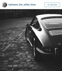 Iconic 911. Defo a classic over a modern most times.