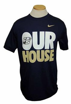 Navy Nike T-Shirt - i want this so bad!