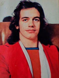 Jim Lea #superstar #70s #Slade Slade Band, Noddy Holder, Orchestra, Superstar, Rock, Skirt, Locks, The Rock, Rock Music