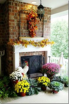 porchmantel from Back Porch Musings. Can you imagine having such a lovely back porch?