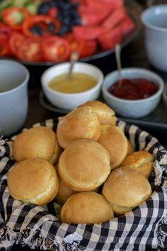 Perfekta scones - ZEINAS KITCHEN Scones, Grandma Cookies, Zeina, Cookie Box, No Bake Desserts, Bread Recipes, Sweet Tooth, Food And Drink, Rolls