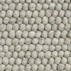 Peas teppe, soft grey i gruppen Tepper / Tepper / Ull hos Nepal, Muuto, Best Carpet, Grey Carpet, Carpet Colors, Textures And Tones, Pinocchio, Contemporary Rugs, Ideas