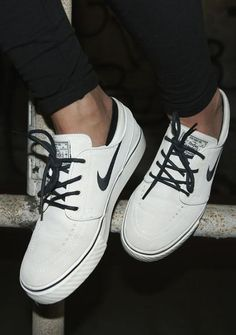 How cute are these Cheap Shoes  N-I-K-E 063385f63