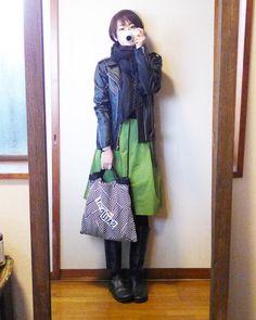 モコーデ: 爽やかグリーンのスカートで癒された金曜日 2月19日