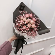 Find images and videos about fashion, pink and couple on We Heart It - the app to get lost in what you love. Boquette Flowers, Beautiful Bouquet Of Flowers, Luxury Flowers, Beautiful Flower Arrangements, Simple Flowers, My Flower, Flower Vases, Planting Flowers, Floral Arrangements
