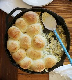 Cheesy Skillet Spinach & Artichoke Dip with Baked Bread ~ http://iambaker.net