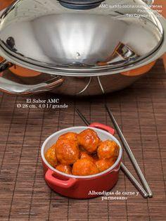 AMC surtido cocina/ollas&sartenes: Albondigas de carne y parmesano en salsa de tomate...