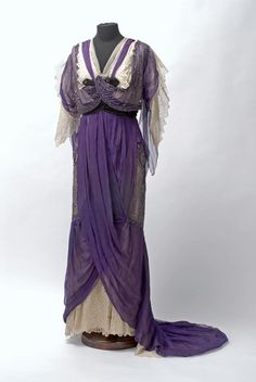 Evening Dress c.1905 Austria Museum of Applied Arts Budapest