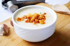Diese #Grammelsuppe ist eine besondere Spezialität und man bekommt sie sehr selten in Gasthöfen. Versuchen Sie dieses Rezept einmal.