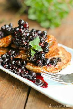 Vegan Broad Bean Flour Pancakes - Chocochili.net