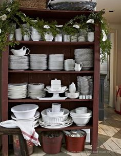 Nora Murphy Country House Holiday 2015 by Nora Murphy Country House - issuu Country House, Country Decor, Decor, Country Dining, Country Home Decor, Decorating Your Home, Country House Decor, Home Decor, Country Kitchen