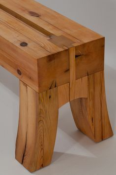 Stonehouse Woodworking » Blog Archive » Pine Timber Bench... Split top would make a great saw bench