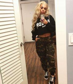 Pinterest: Nuggwifee Camo Pants Outfit, Camo Outfits, Chill Outfits, Sporty Outfits, Dope Outfits, Trendy Outfits, Summer Outfits, Ghetto Outfits, Fashion Killa