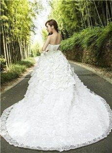 Gorgeous Strapless A-Line Chapel Train Lace Wedding Dress