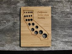Show your California state pride with this CA shaped knitting needle gauge.