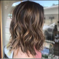 Are you going to balayage hair for the first time and know nothing about this technique? We've gathered everything you need to know about balayage, check! Brown Hair With Blonde Highlights, Brown Hair Balayage, Hair Color Balayage, Hair Highlights, Subtle Balayage Brunette, Partial Balayage Brunettes, Caramel Balayage Highlights, Short Balayage, Bayalage