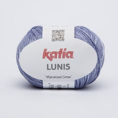 Hilo de Katia mezcla de algodón mercerizado y poliamida con un efecto brillante de color lila azulado