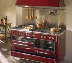 Cucine professionali e per privati di Ilve - Ideare casa I want one of these.