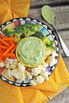 Green Goddess Dip from @jen @ Juanita's Cocina #EasyRecipe #Appetizer #Dip