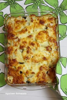 Zapiekanka ziemniaczana z kurczakiem i pieczarkami Meatloaf Recipes, Pizza Recipes, Casserole Recipes, Chicken Recipes, Cooking Recipes, Musaka, Israeli Food, Good Food, Yummy Food