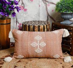 Boho Throw Pillows, Throw Pillow Covers, Cactus, Color Secundario, Silk Pillow, Moroccan Decor, Home Crafts, Decorative Pillows, Hand Weaving
