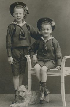 Two German brothers in sailor suits, 1910.