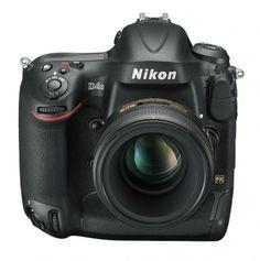 Nikon D4s mit  AF-S NIKKOR 58 mm 1:1,4G von vorne