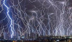 My Homepage Discover new things anytime, anywhere. Nature Pictures, Cool Pictures, Beautiful Pictures, Tokyo, Parts Of The Earth, Wild Weather, Thunder And Lightning, Lightning Storms, Lightning Strikes