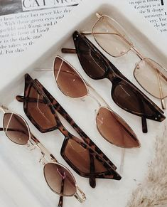 accessories aesthetic The Top Trending Sunglasses of 2020 Popular Sunglasses, Top Sunglasses, Trending Sunglasses, Summer Sunglasses, Sunglasses Women, Vintage Sunglasses, Types Of Sunglasses, Classy Aesthetic, Aesthetic Vintage