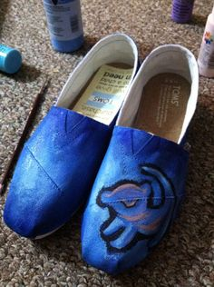 Lion King Inspired Shoes by HandPainted on Etsy, $93.00 <---- :(