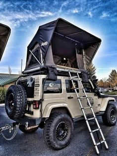 Jeep Roof Top Tent Whether it's a short or long adventure. Freespirit's line up of Jeep roof top tents keeps you high and dry for any camping or hunting trips. We pride ourselves on the quality and te feel free to go camping Auto Jeep, Jeep Jk, Jeep Truck, Wrangler Jeep, Jeep Wrangler Unlimited, Jeep Wranglers, Jeep Wrangler Accessories, Jeep Accessories, Camping Accessories