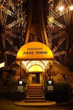 "| The prestigious ""Le Jules Verne Restaurant"" 