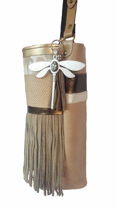 Aquí tenéis otro modelito de llavero_colgante y de bolso.  www.myzinto.es  #elche #hechoamano #fashion #moda #piel #lona #bolsos #complementos #myzinto