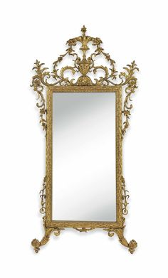 A NORTH ITALIAN GILTWOOD MIRROR -  EARLY 19TH CENTURY, PROBABLY LOMBARDY