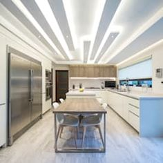 moderne Küche von ESTUDIO TANGUMA