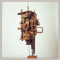 Alfredo & Isabel Aquilizan Dwellings: Project Another Country  used cardboard boxes 2014