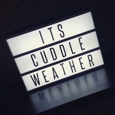 If you're a film geek, this lightbox is made for you. Give your room or workspace a vintage atmosphere by putting up your favourite quotes from a famous movie o