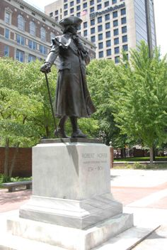 #76ersPrideRichardMillsProud #MILLS FAMILY PROUD OF OUR ANCESTOR #ROBERTMORRIS Robert Morris, Financier of the Revolutionary War, 1734 - 1806. This Statue Is Located Behind The Second Bank Of The U.S. Found Between Walnut And Chestnut Sts. Between 4th And 5th Streets Independence Nat'l Historical Park.