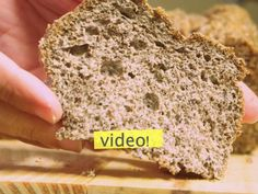 Although they do not believe it, there is a bread without gluten, ZERO flour, fiber and not only does it not get fat … it thins! Recipes Phase I Recipes with quinoa to reduce cholesterol Gluten Free Baking, Gluten Free Recipes, Bread Recipes, Vegan Recipes, Cooking Recipes, Pan Cetogénico, Pan Sin Gluten, Pan Bread, Low Carb Bread